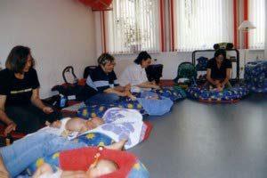 Bilder aus den Babymassagekursen